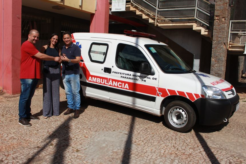 gd_080819160929_dia_08__entrega_de_ambulancia_para_pacientes_acamados_jpg